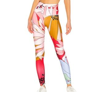 ONZIE high rise flower child legging yoga pant